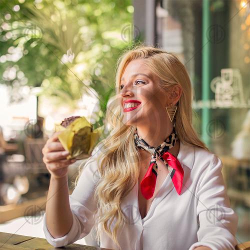 Kafede Kadın Fotoğrafı