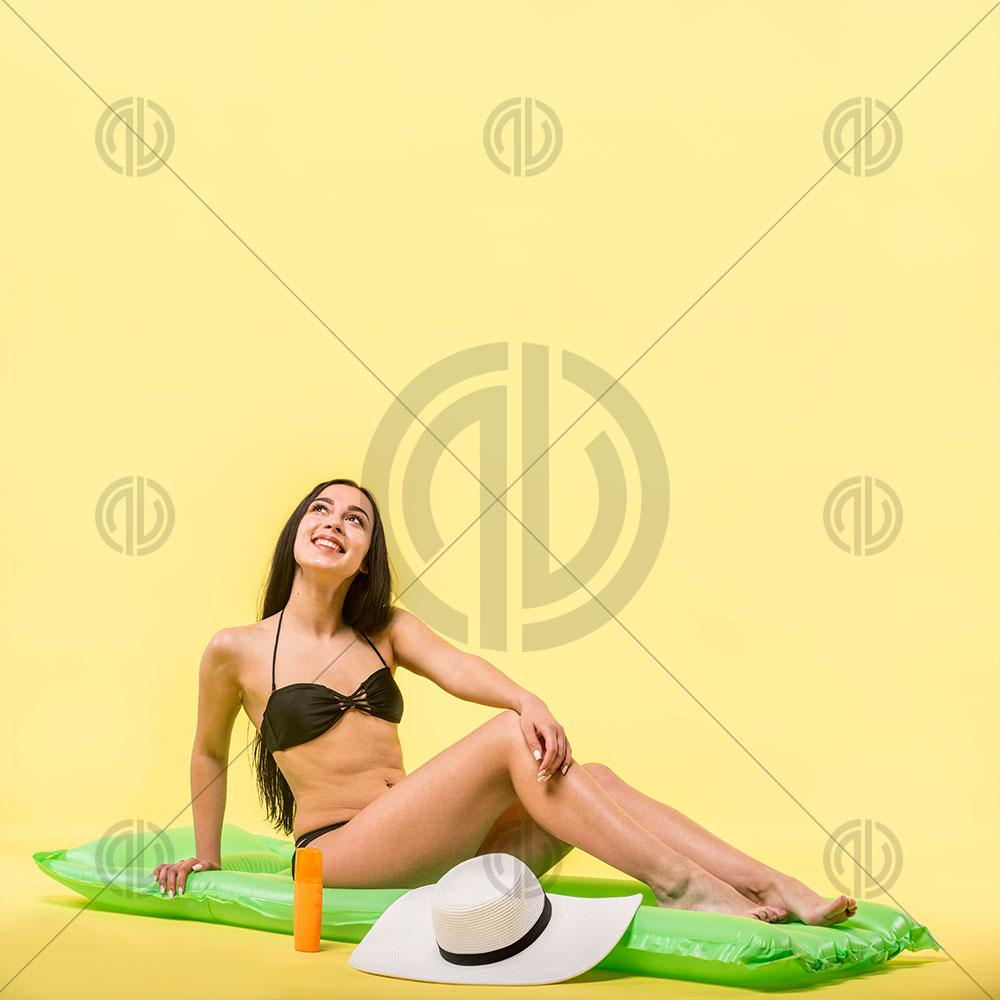 Bikini Manken Görseli
